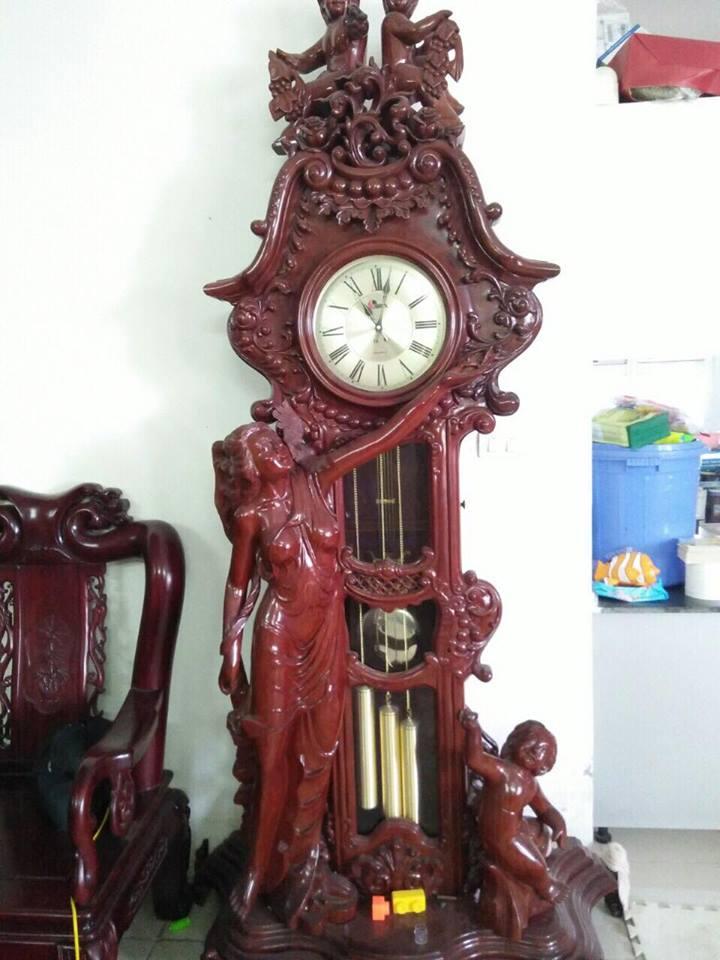 Đồng hồ quả lắc gỗ