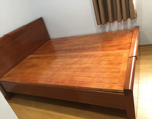 Thanh lý giường gỗ